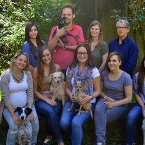 team-von-tierschutz-shop-foto-nadja-jahel-copyright-tierschutz-shop