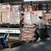 Tierhilfe_Hoffnung_2-Spendentransport_Für_Rumänien-Tierschutz-Shop-Futterspenden
