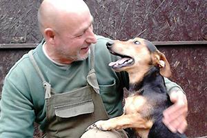 Tierschutz-Shop-Happy-Ends-dank-Geld-Prämie-für-Paradies-für-Tiere-e.V.