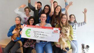 Tierschutz-Shop hat 500.000 Euro Geld-Prämie für Tiere in Not gesammelt.