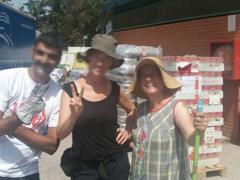 Spendenankunft ENA_Hilfe_fuer_Tiere_e.V.-Ankunft-in-Katalonien2