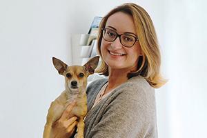 Tierschutz-Shop-Gründerin-Hanna-mit-Mira