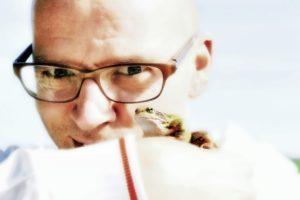 Thomas D mit Frosch