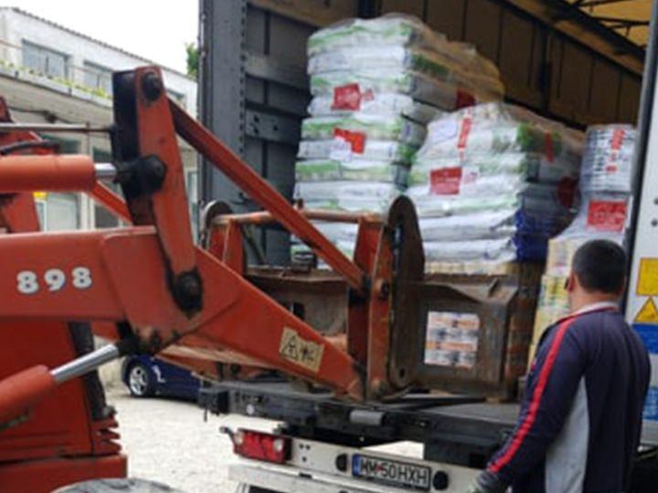 Ein Herz für Streuner eV-Futterspendenankunft-juli-2019-WL-Rumänien3