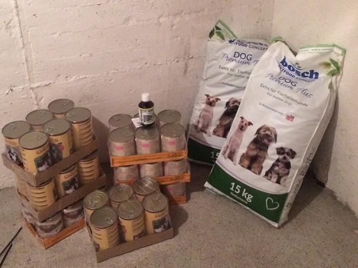 Hundehilfe Marika e.V.-Futterspendenankunft-juli-2019-WL-Deutschland1