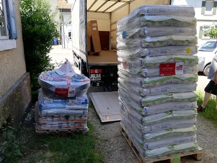 Leben für Streuner e.V. - Futterspendenankunft-Juli-2019 - WL 3