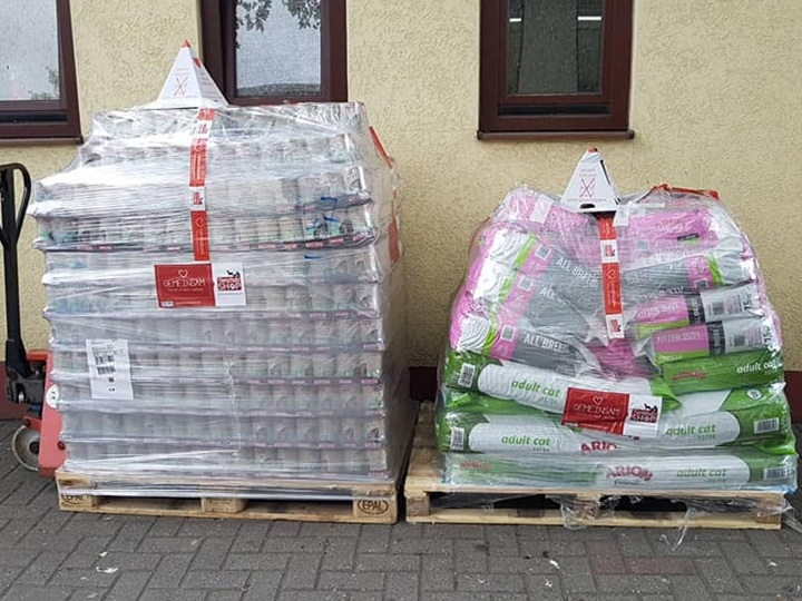 Tierheim Duisburg-Futterspendenankunft-juli-2019-NotfallWL-Deutschland1