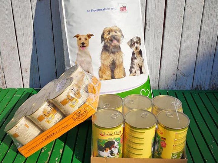 Streunerhilfe Rudelstetten e.V.-Futterspendenankunft-september 2019-WL-Deutschland (3)