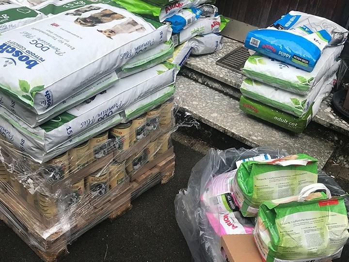 Tierhilfe Craiova – Hilfe für rumänische Tiere e.V. -Futterspendenankunft-september 2019-WL-Rumänien (1)