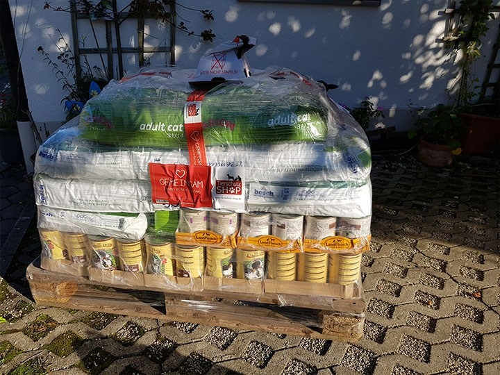 Pentru Animale e.V. - Tierhilfe in Rumänien-Futterspendenankunft-oktober 2019-WL-Deutschland (1)