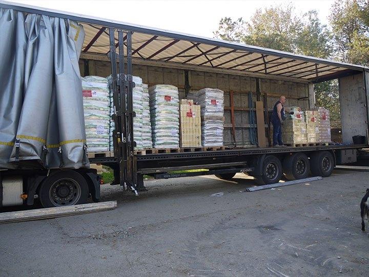 ProDogRomania e.V. -Futterspendenankunft-oktober 2019-Spendenaktion SOS Hilferuf aus Rumänien-Rumänien (3)