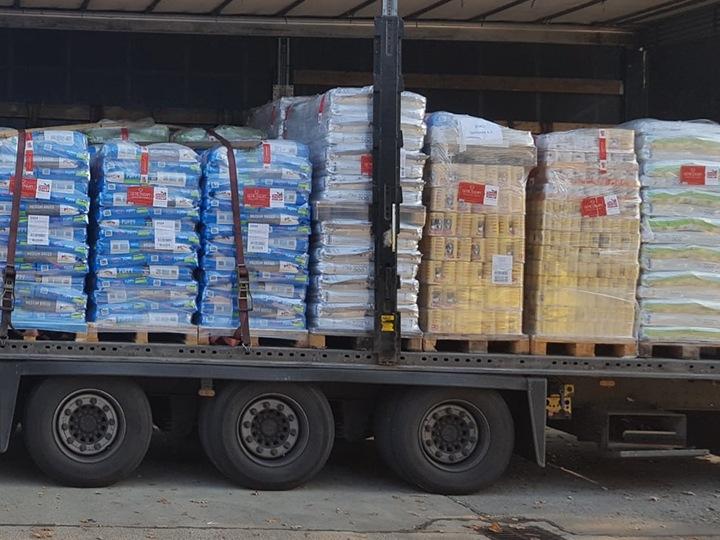 Tierschutz-Werkstatt e.V.-Futterspendenankunft-november 2019-Aktion SOS Hilferuf Rumänien-Rumänien (1)
