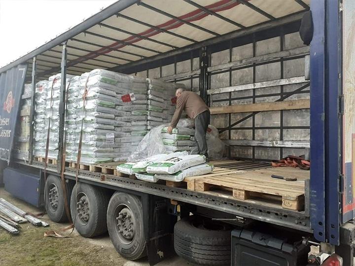 Pfotenfreunde Bulgarien e.V.-Futterspendenankunft-januar-2020-THdM Okt 19-Bulgarien (5)