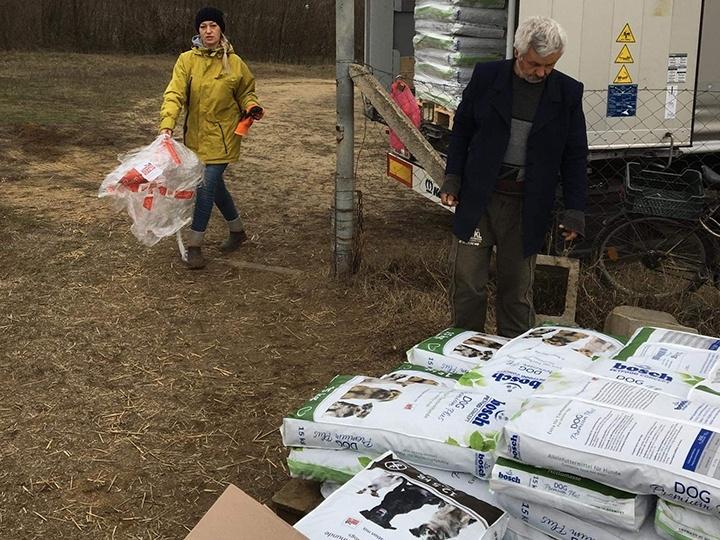 Step by Paw e.V.-Futterspendenankunft-januar-2020-WL-Ungarn (1)