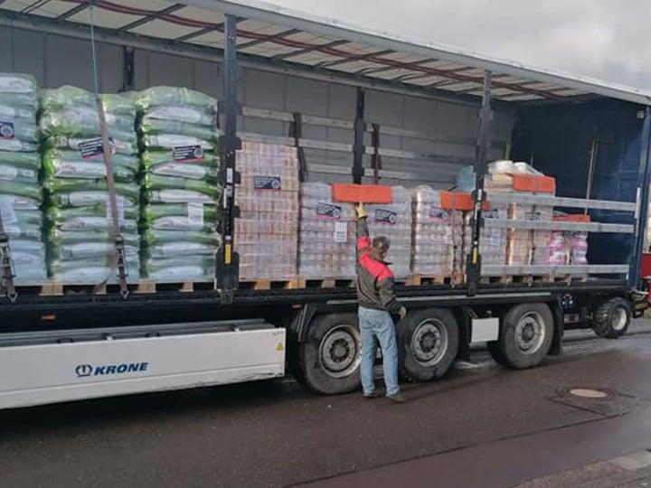 Katzenhilfe Schmelz e.V.-Futterspendenankunft-februar-2020-Spenden-Marathon 2019-Deutschland (1)