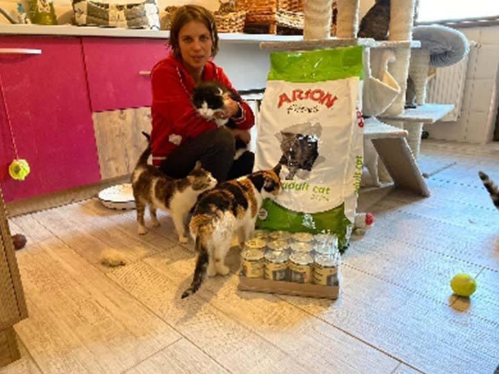 Kleiner Prinz Tierhilfe e.V.-Futterspendenankunft-april-2020-WL-Rumänien (4)