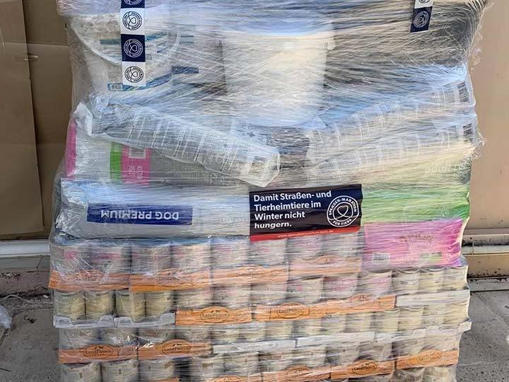 Stray Paws Deutschland e.V.-Futterspendenankunft-april-2020-Spenden-Marathon-2019-Griechenland (1)